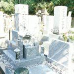 三豊市高瀬町自治会墓地にて庵治中目特級の墓石をたてさせてもらいました。
