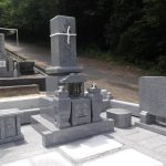 高松市西山崎町の墓地に庵治石細目のお墓を建てさせていただきました。