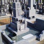 高松市鬼無町の藤井墓地に庵治中目石の和型墓石が完成しました。