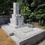 東かがわ市の共同墓地に大倉みかげの神戸型の和型墓石が完成。しっかりと地盤を整え、雑草対策も入念に。