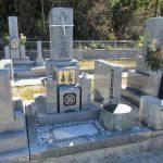 坂出市の市営墓地に庵治石細目を使用した9寸の和型墓石「やすらぎ型」が完成しました。